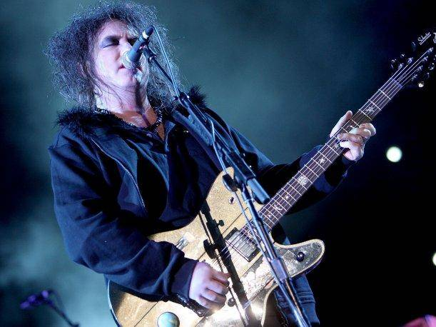 Robert Smith Descargar música por Internet es moralmente malo