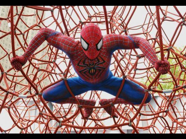 Cancelan función de Spider-man en Broadway tras accidente de otro actor