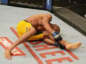 UFC 168: La terrible lesión de Anderson Silva (VIDEO)
