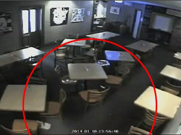 Australia Mira los espectros misteriosos y eventos inexplicables en un bar (VIDEO)