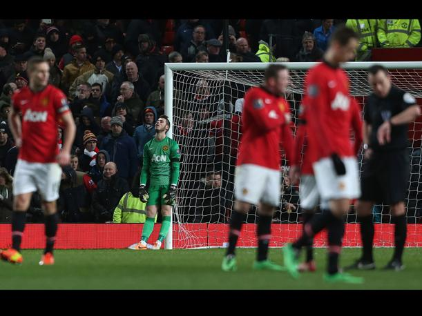 Premier League El Manchester United empata y sigue de malas