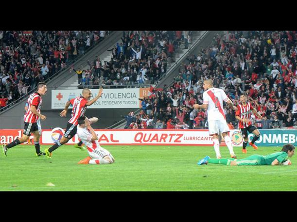 River Plate: El blooper de Ramiro Funes Mori (VIDEO)