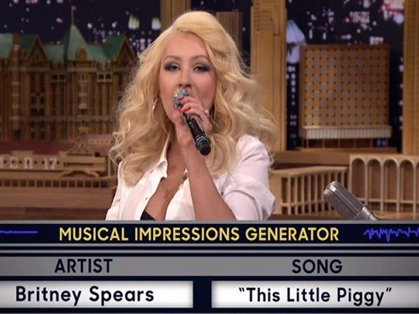 Christina Aguilera imitando a Britney Spears remece el YouTube