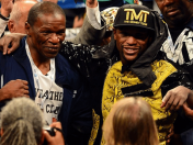 Floyd Mayweather: Padre le dedica poema a Manny Pacquiao (VIDEO)