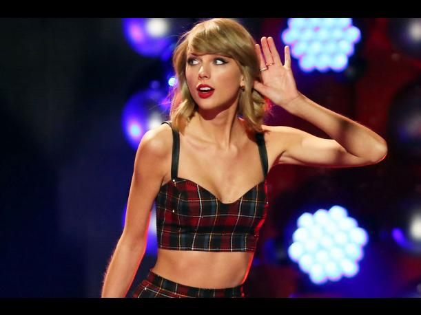 Taylor Swift vende 5 millones de copias en EEUU y bate records