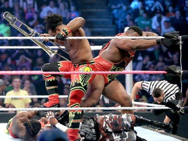 WWE Smackdown The New Day masacró a The Dudley Boyz (VIDEO)