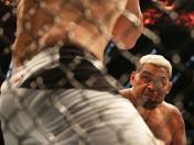 UFC 193: Mark Hunt durmió a Antonio Silva con un solo golpe en el cerebro (VIDEO)