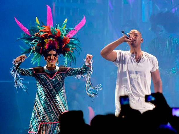 Latin Grammy 2015 Lo que no viste de Will Smith y Bomba Estéreo