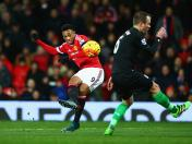 Manchester United golea al Stoke City con golazo de Anthony Martial