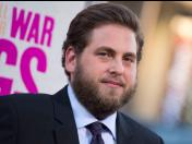 "Jonah Hill se enfermó al inhalar ""cocaína"" en The Wolf of Wall Street"