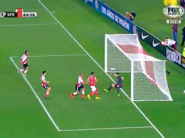 Horacio Salaberry pone el 1-2 de Santa Fe ante River Plate. (Video: FOX Sports)