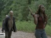 The Walking Dead 7x07: Michonne se convierte en Omar de The Wire en este video