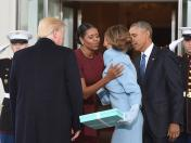YouTube: ¿qué contenía la caja que regaló Melania Trump a Michelle Obama?