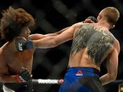 UFC: Jason Knight humilló y sometió a Alex Caceres en UFC Fight Night