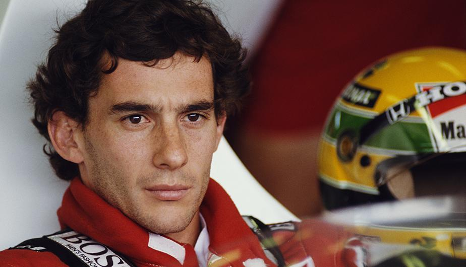Un 1 de mayo de 1994, Ayrton Senna sufrió un accidente mortal en el Gran Premio de San Marino a bordo de su Williams. (Foto: Getty Images)