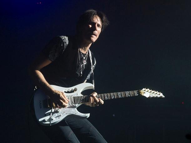 Steve Vai listo para revivir su 'Passion and Warfare' en el Perú