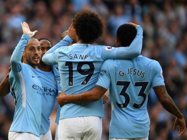 Manchester City lidera la Premier League: goleó al Stoke City