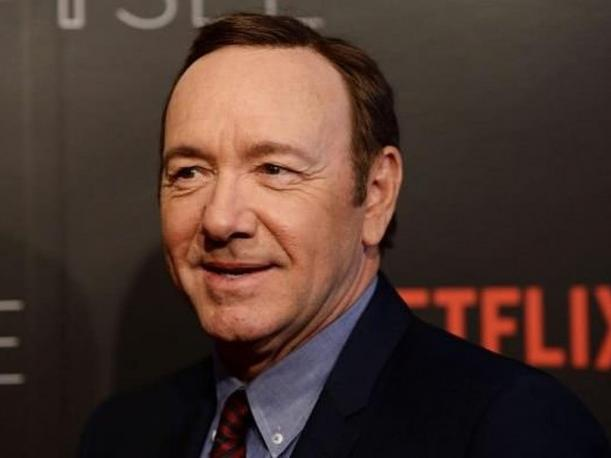 Kevin Spacey representante dice que actor buscará tratamiento tras acusaciones de acoso sexual