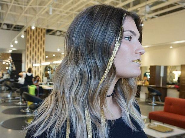 Glitterage, mechas con brillo ideal para este verano