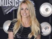 Britney Spears retrasa su disco tras cancelar gira