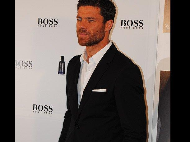 Xabi Alonso Presents Success Beyond The Game By Hugo