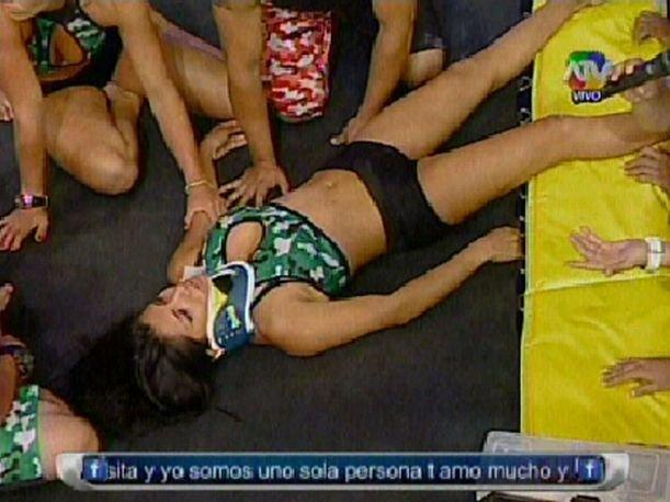 """Combate"": Diana Sánchez sufre un accidente en plena competencia (VIDEO)"