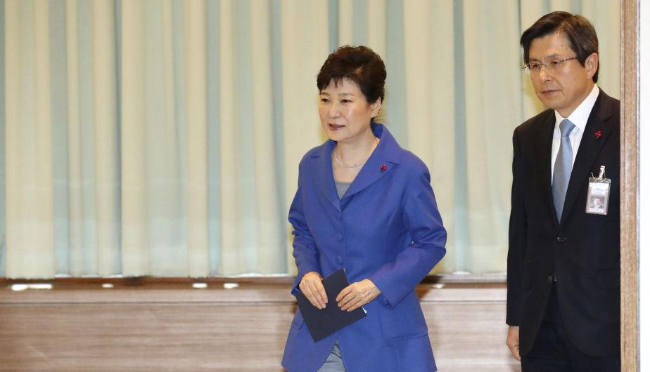 Of the 300-member parliament, 234 lawmakers approved the impeachment against her. (Source: EFE)