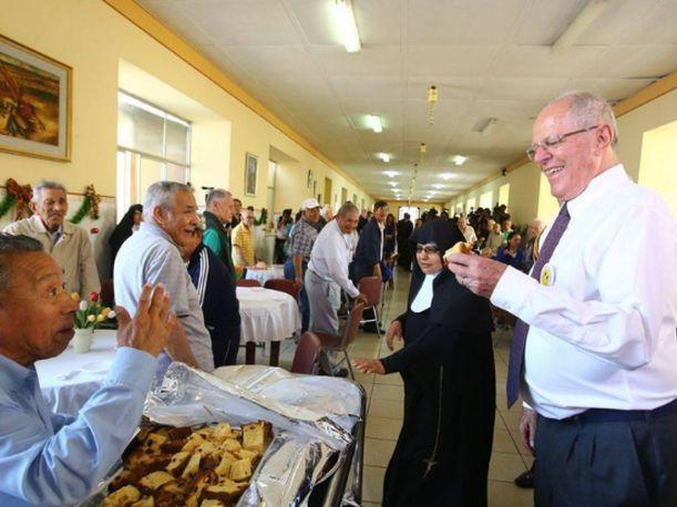 President Pedro Pablo Kuczynski celebrates Christmas with elderly adults