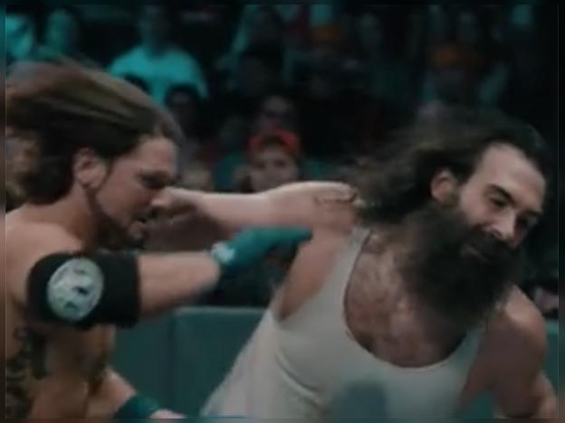 "WWE: AJ Styles vs Luke Harper, en espectacular ""slow motion"""