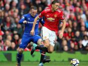 Manchester United goleó 4-0 al Everton en la Premier League